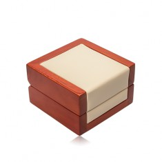 Drevená darčeková krabička na retiazku alebo náušnice, krémová koženka