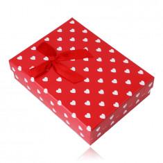 Červená darčeková krabička na set alebo náhrdelník - biele srdiečka, ozdobná mašlička