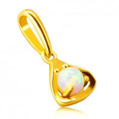 Prívesok z 9K zlata - kontúra trojuholníka s okrúhlym syntetickým opálom