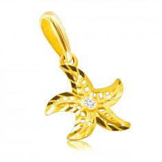 Zlatý prívesok z 375 žltého zlata - motív morskej hviezdy, okrúhly číry zirkón