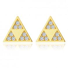 Zlaté 375 náušnice - lesklý trojuholník s tromi menšími trojuholníkmi vo výreze, drobné zirkóny